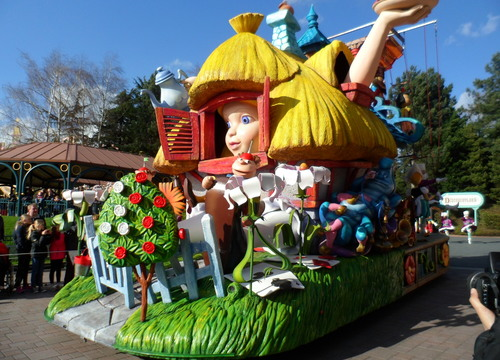 Alice im Wunderland 2