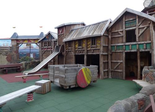 Spielmöglichkeiten in der Burg Arkan