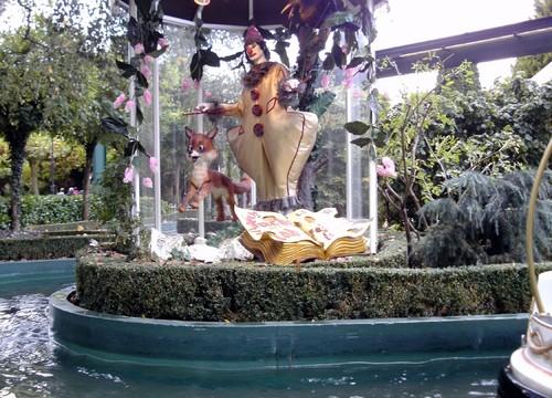 Marionetten-Bootsfahrt Figur