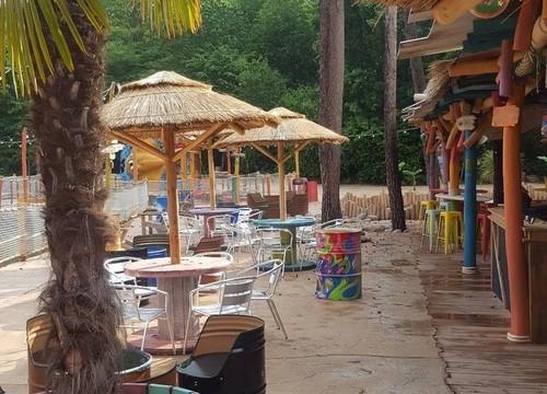 Holiday Beach Bar