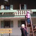 Fensterln am Bauernhaus